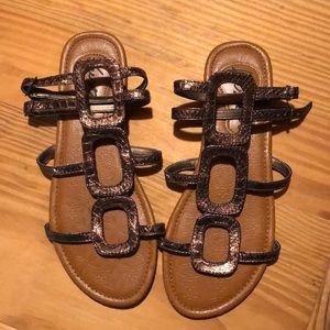 Shoes - ❄️BOGO ALL $10&under! Bronze gladiator sandals ✨